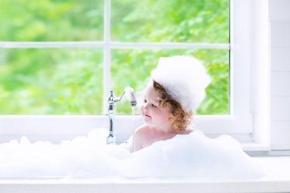 Baby baden: praktische Tipps