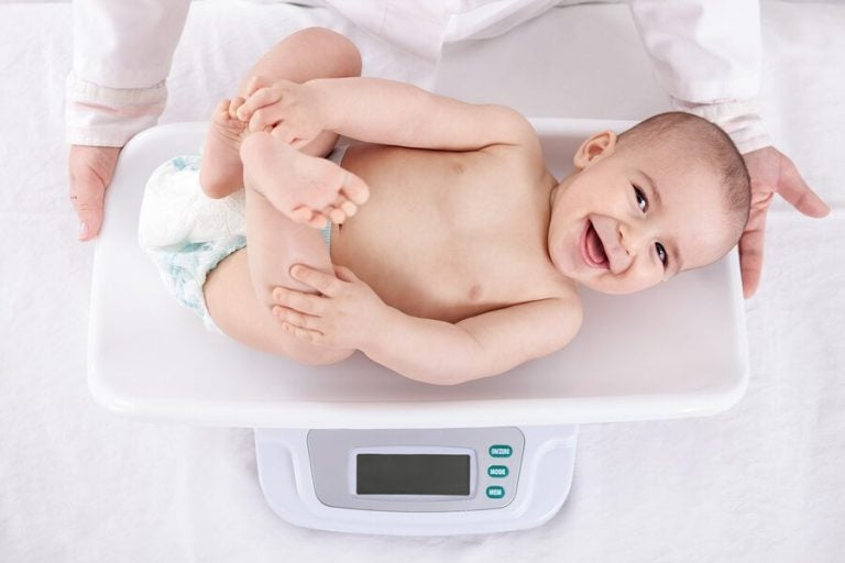 Die Gewichtszunahme von Babys im ersten Lebensjahr