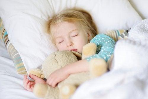 Wie lange brauchen Kinder einen Mittagsschlaf?
