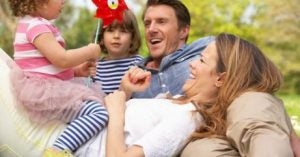 Familie für gesunde emotionale Entwicklung