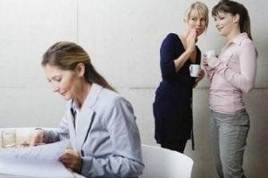 über andere Eltern urteilen: schlechte Gewohnheiten!