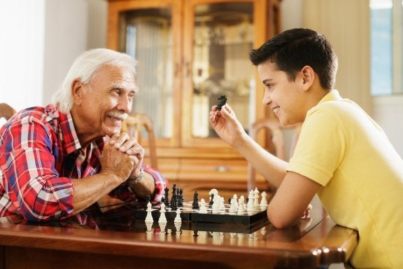 Respekt vor älteren Menschen: Warum ist das so wichtig in der Erziehung?