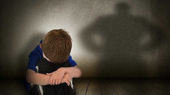 Machtbesessende Eltern: Wie verhalten sie sich?