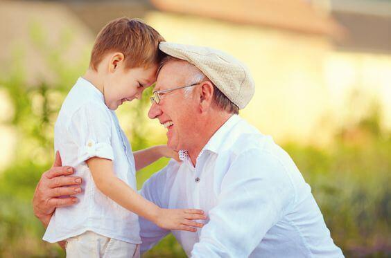 Großeltern hinterlassen Spuren in der Seele ihre Enkelkinder