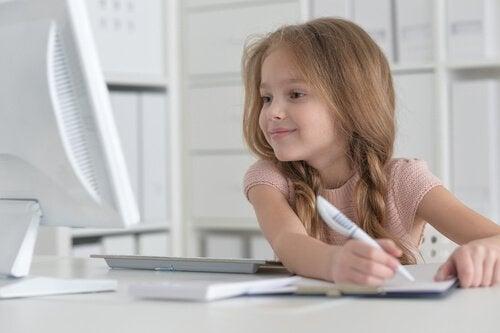 Die Liebe zum Lesen: Wie du sie deinem Kind beibringst