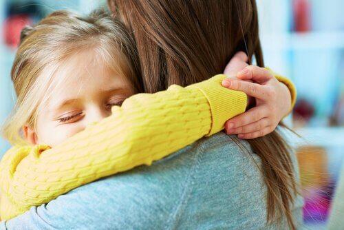 Wie wir unseren Kindern beibringen zu vergeben