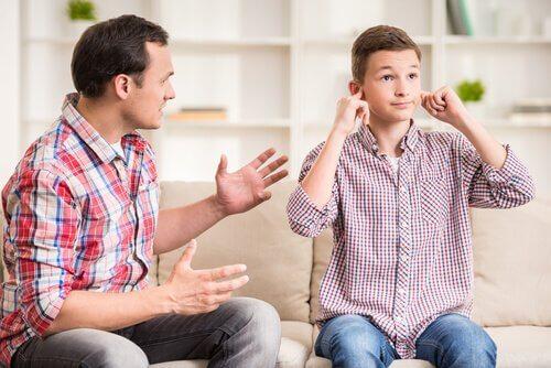 Beziehung zu Stiefeltern - Stiefvater und Sohn