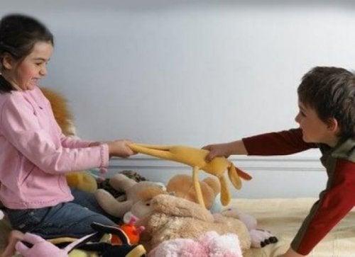 Kinder werden nicht als Egoist geboren