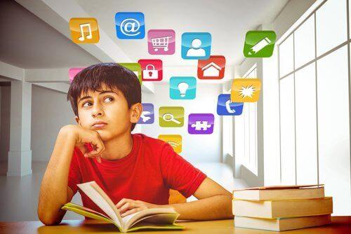 Verschiedene Übungen können die Aufmerksamkeit von Kindern steigern