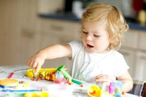 8 Geschicklichkeitsspiele für Zweijährige