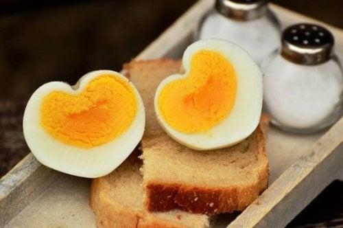 Ab wann kannst du Eier zum Speiseplan deines Kindes hinzufügen?