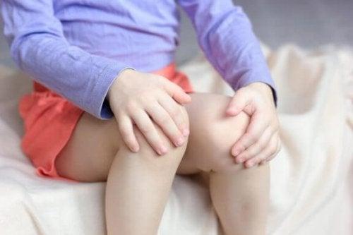 Was sind Wachstumsschmerzen bei Kindern und Jugendlichen?