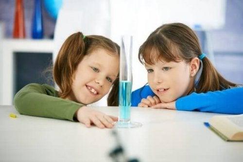 Wasser-Experimente - Wasser-Experimente-2