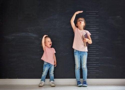 In welchem Alter hören Mädchen auf zu wachsen?