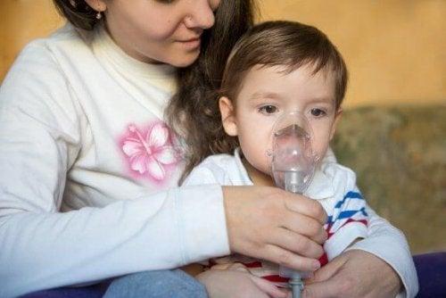 Keuchende Atmung bei Kindern: Symptome und Behandlung