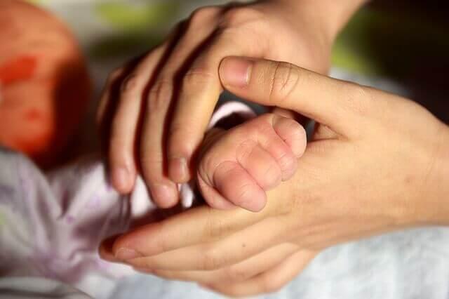 Warum ist der Hautkontakt für Babys so wichtig?