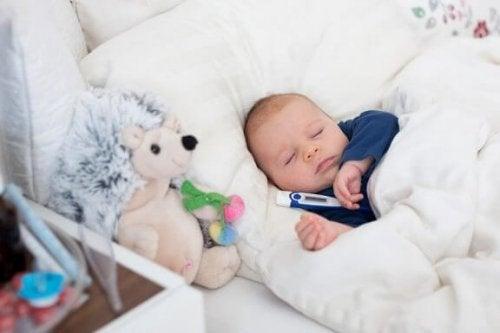 Tricks, um das Fieber bei deinem Baby zu senken