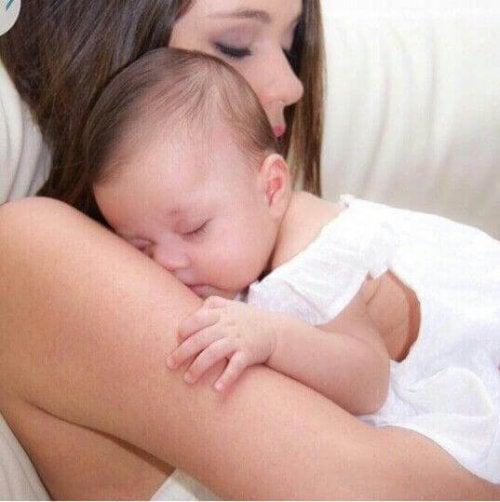 Reflux bei Babys- wie behandelt man es?