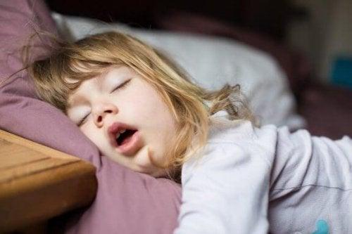 Was tun, wenn Kinder durch den Mund atmen?
