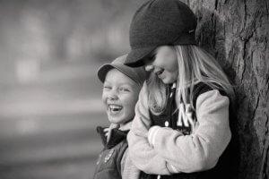 Das zweite Kind: In den Fußspuren des älteren Geschwisters ist es weniger gehorsam