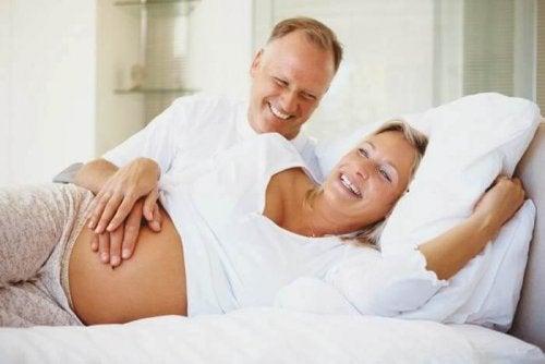 Die besten Schlafpositionen in der Schwangerschaft