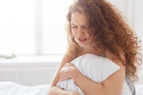 Warum ist dir während deiner Periode zum Weinen zumute?