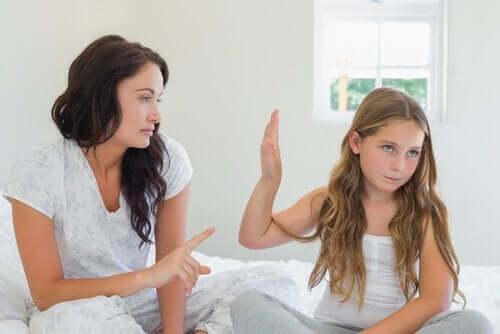 Wenn dein Kind nicht lernen möchte, ist es wichtig verständisvoll zu sein und ihm zuzuhören
