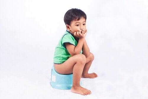 Verstopfung bei Kindern: Ursachen und Behandlung