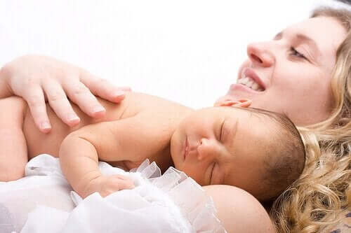 Entbindung: Was muss alles in die Krankenhaustasche?