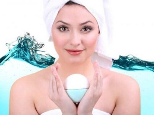 Müde und erschöpfte Frauen: Tipps für glatte und gesunde Haut