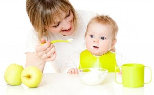 So hilfst du deinem Baby, neue Lebensmittel zu probieren