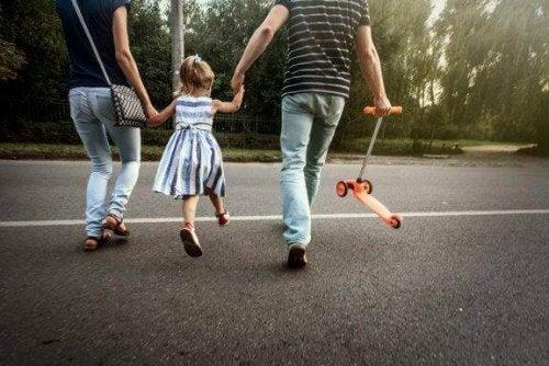 Schmerzhafte Pronation des Ellenbogens bei Kindern: Was tun?