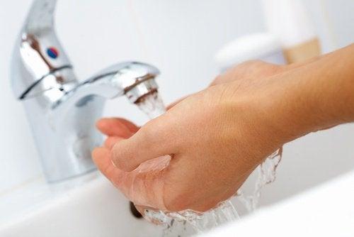 Erkältungen können durch häufiges Händewaschen vermieden werden