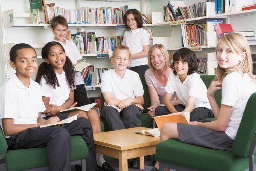 Schuluniformen fördern ein gewisses Zugehörigkeitsgefühl