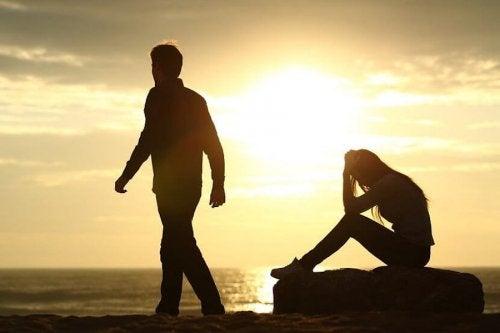 Trennungen haben enorme Auswirkungen auf unsere geistige, emotionale und sogar körperliche Gesundheit