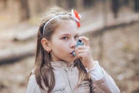 Mädchen mit Asthma
