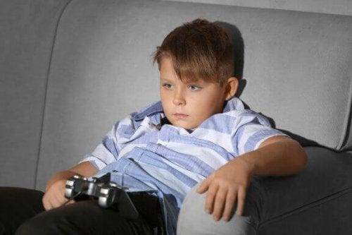 So verhinderst du einen bewegungsarmen Lebensstil bei Kindern