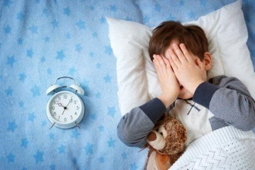 Mein Kind hat Angst, woanders zu übernachten