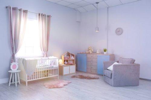 Nützliche Ideen für die Dekoration des Babyzimmers