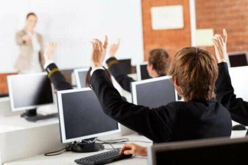 Was bieten neue Klassenzimmertechnologien unseren Kindern?