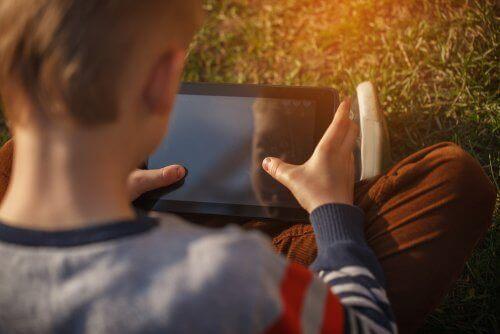 Wie kannst du deine Kinder im Internet schützen?