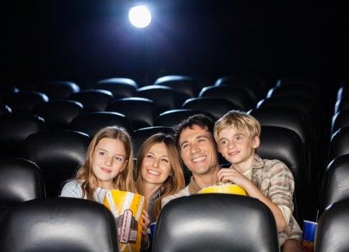 Disney-Filme - Familie im Kino