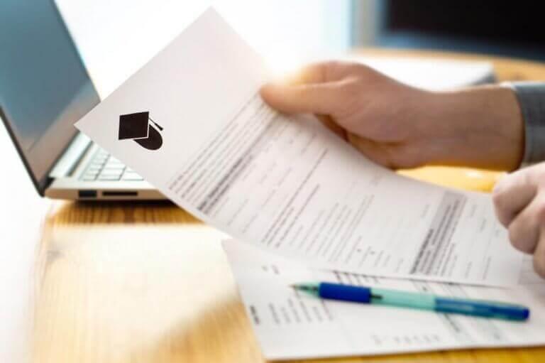 Schulorganisation - Dokument und Computer