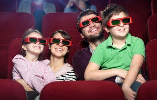 Disney-Filme - Familie mit 3D-Brillen
