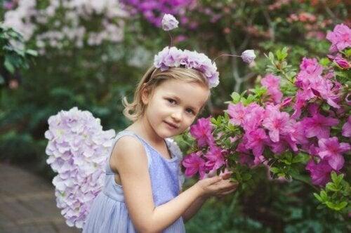 So stellst du Blumenstirnbänder für Mädchen her