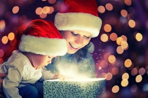 Weihnachten: 3 tolle Geschenke für Babys
