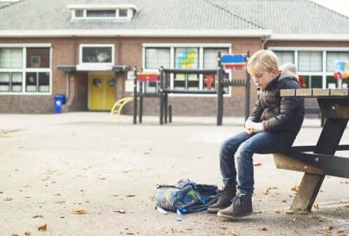 Wenn dein Kind Probleme hat, Freunde zu finden