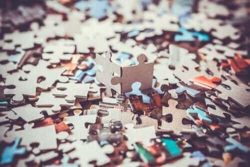 Puzzles - viele Puzzlesteine
