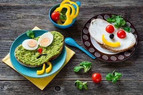 vegetarische Ernährung - kindgerecht verzierte Brote