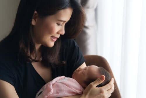 Wenn auch du bald ein Baby bekommst, bereite dich darauf vor, dir den Raum zu schaffen, den du verdienst (und brauchst!)